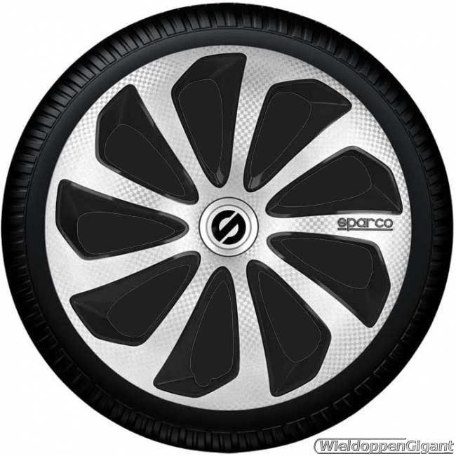 https://www.wieldoppengigant.nl/mwa/image/zoom/WG21375AN-Wieldoppen-set-SPARCO-SICILIA-ARGENTO-NERO-zilver-carbon-look-zwart-13-14-15-16-inch.jpg