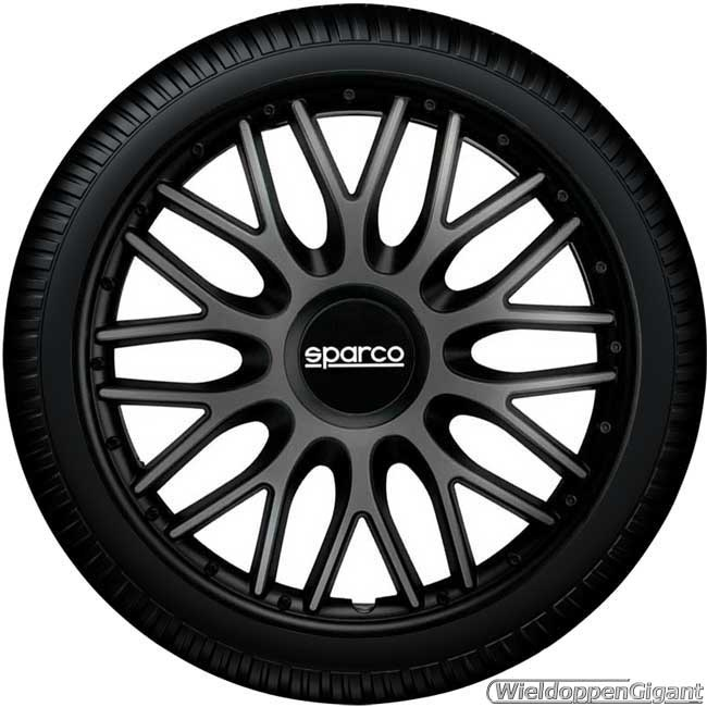https://www.wieldoppengigant.nl/mwa/image/zoom/WG21696NG-Wieldoppen-set-SPARCO-BARI-GRIGIO-NERO-grijs-zwart-16-inch.jpg