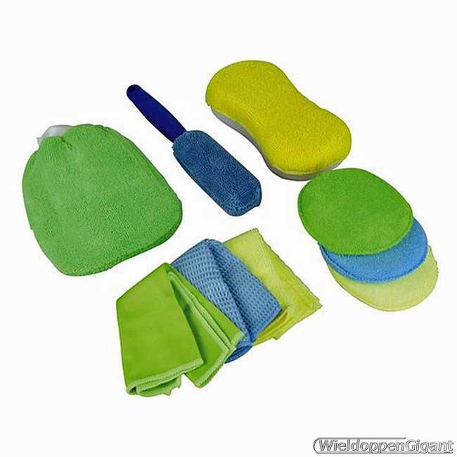 https://www.wieldoppengigant.nl/mwa/image/zoom/WG750502-Microvezel-schoonmaakset-3x-microvezeldoek-3x-polijstpad-1x-spons-1x-washandschoen-1x-velgenborstel.jpg